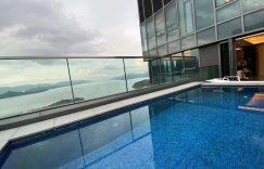 迎海天际屋私人泳池